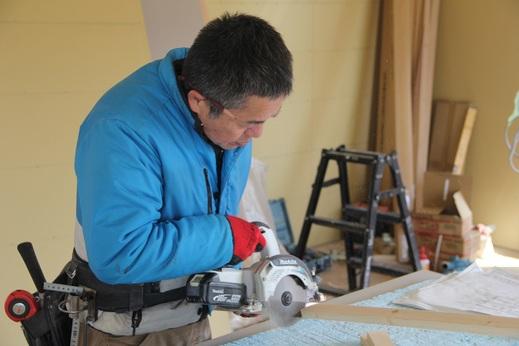 こちらは竹内建築さん      明るく元気な大工さんです