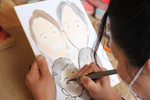 私は絵心がありません      先生のように描けるのは      本当にすごいと思います!
