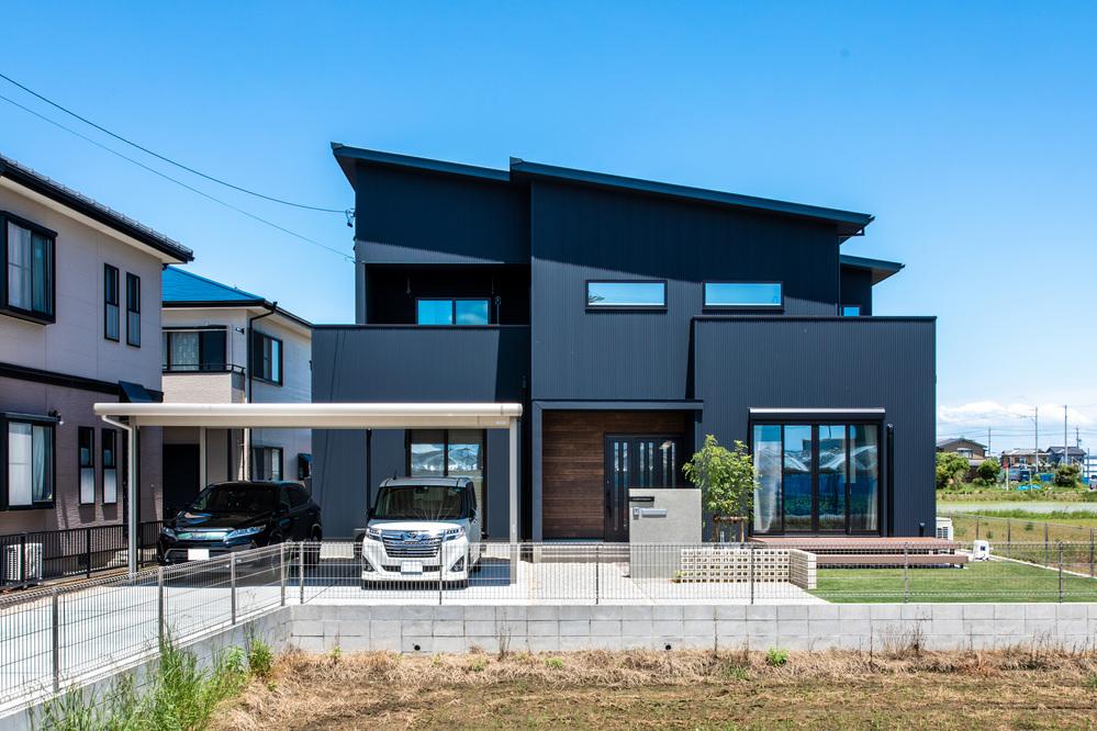 収納・家事動線・デザインにこだわった子育て世代の家
